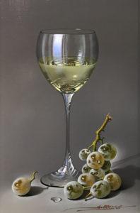 mulio-white-wine-and-grrapes-october